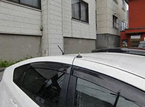 車から盗聴電波を探す